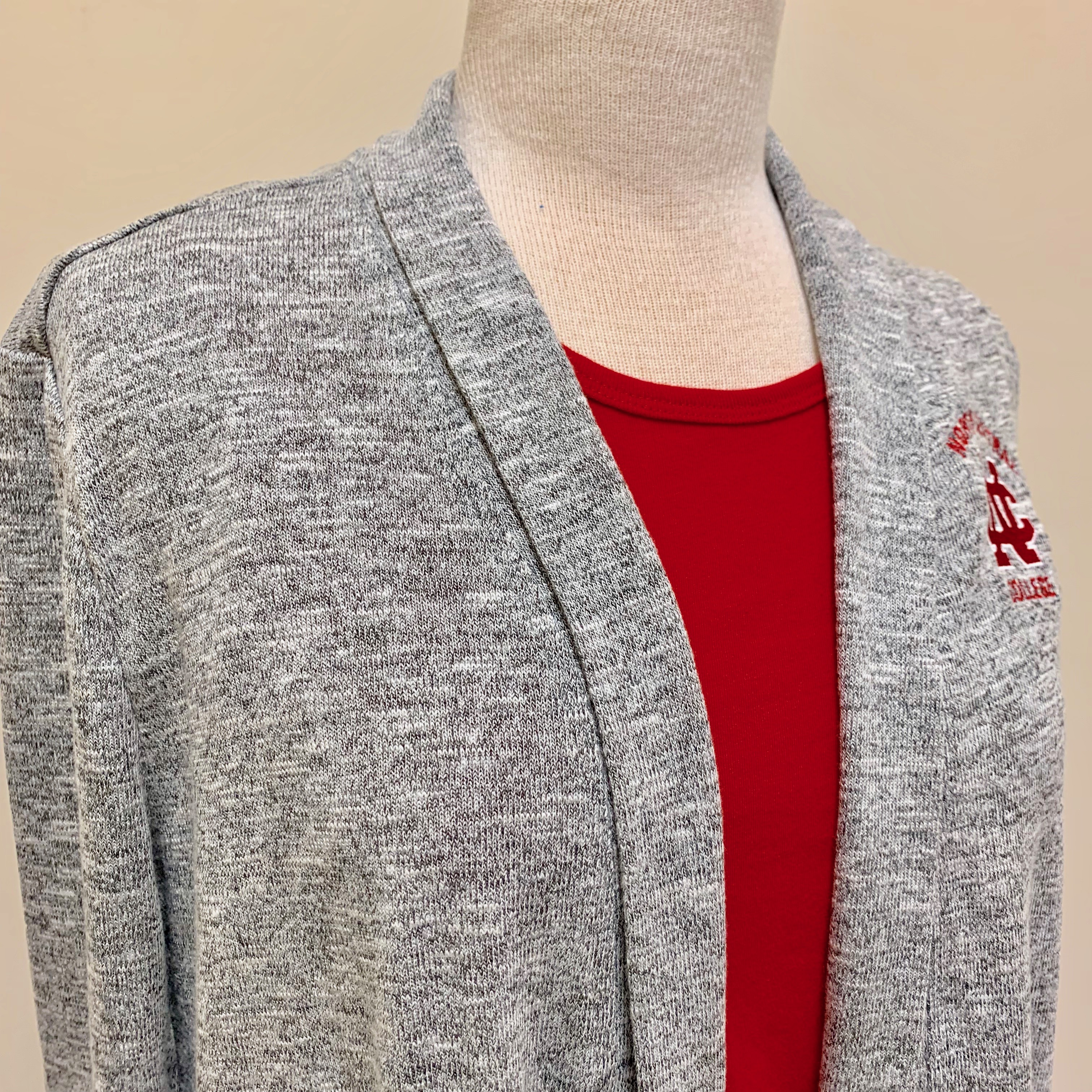 Alternative Image for the Women's Easy Fit Cardigan w/ pockets product