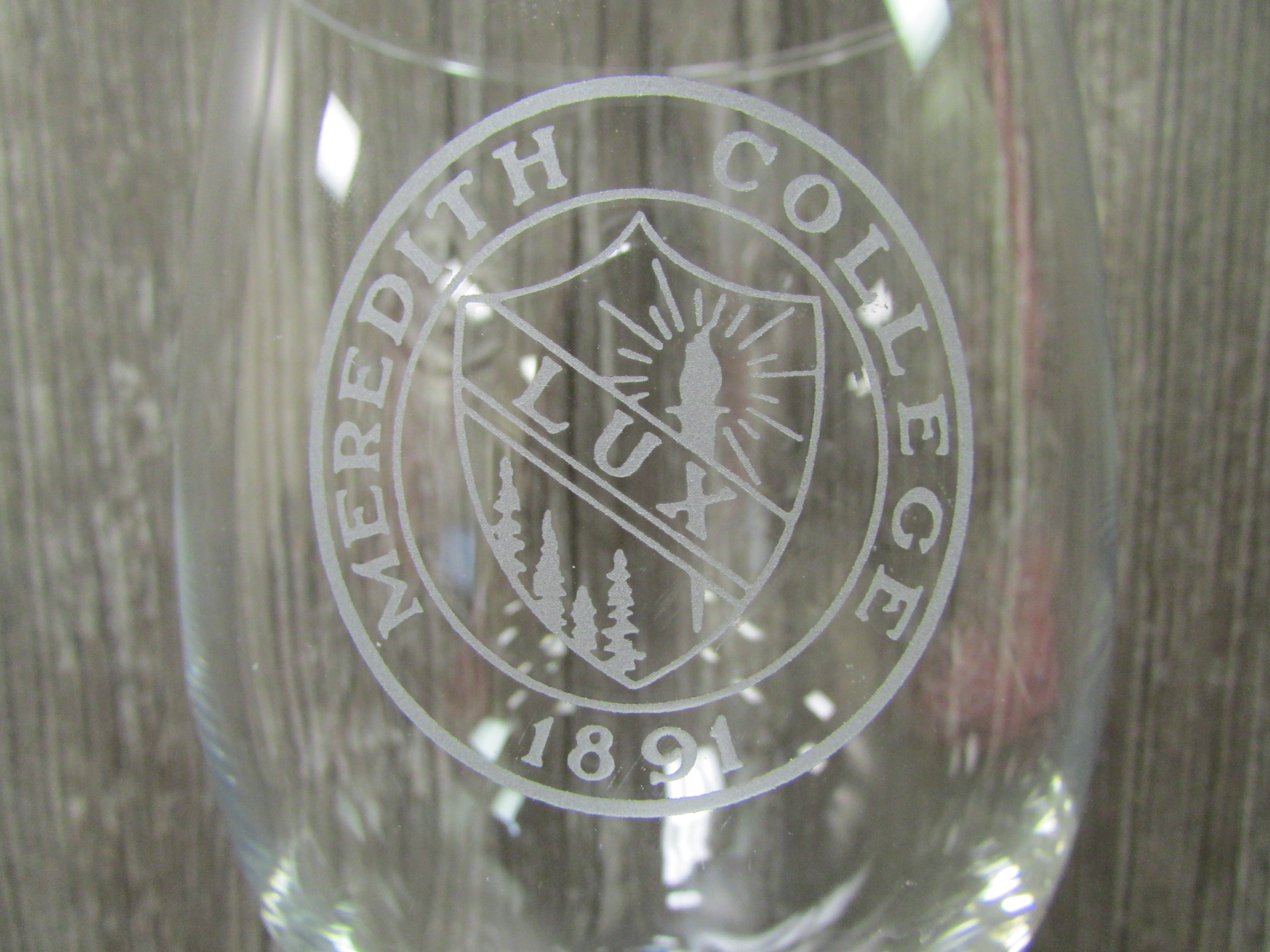 Alternative Image for the Wine Glass Meredith Seal product