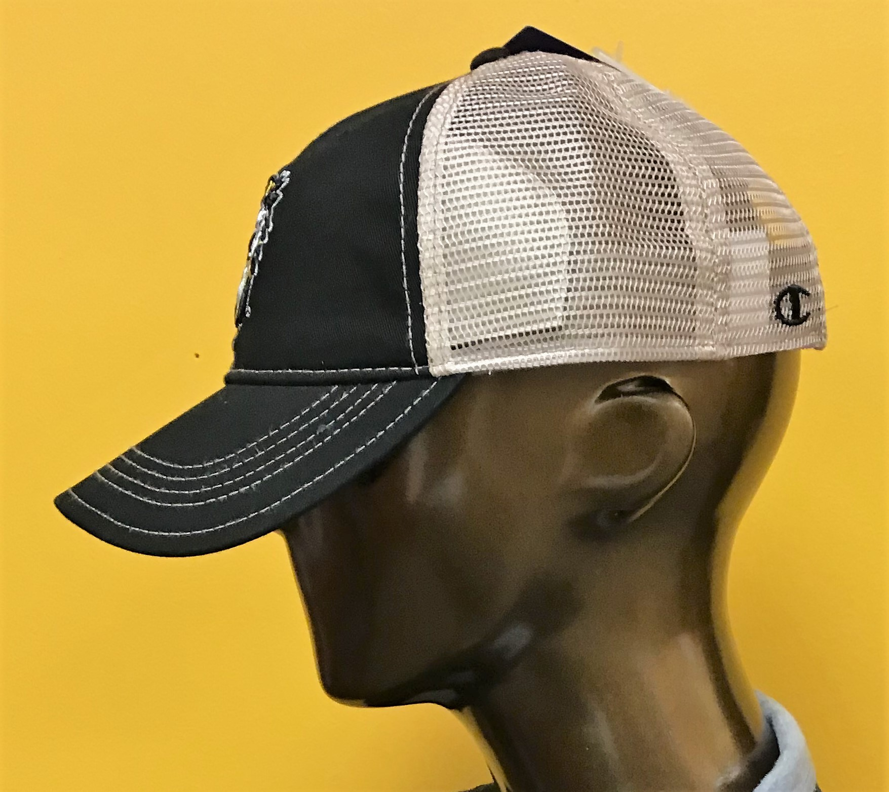 Image for the Cap Trucker Mesh Black Champion product