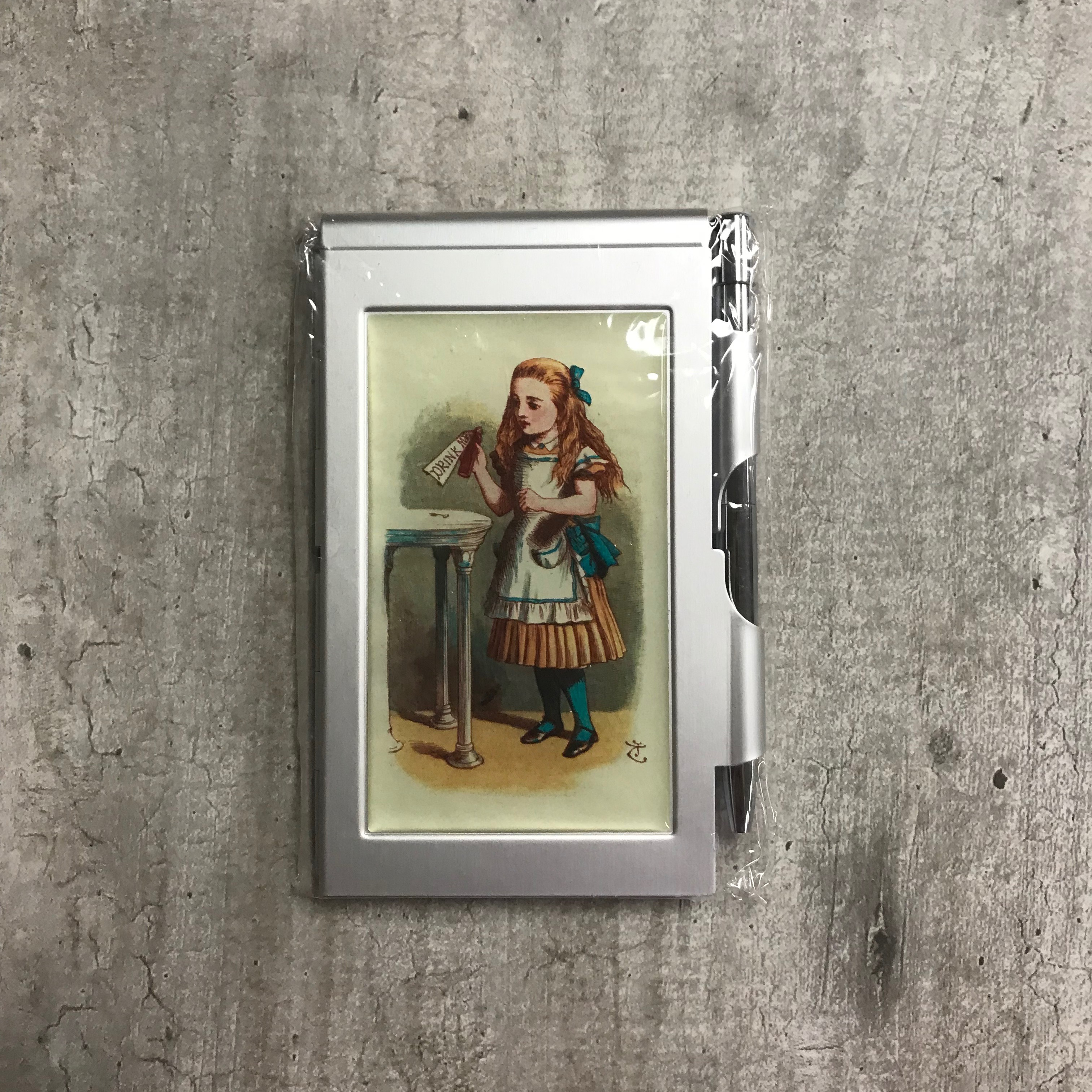 Alternative Image for the Flip Note Pad, Alice in Wonderland Designs product