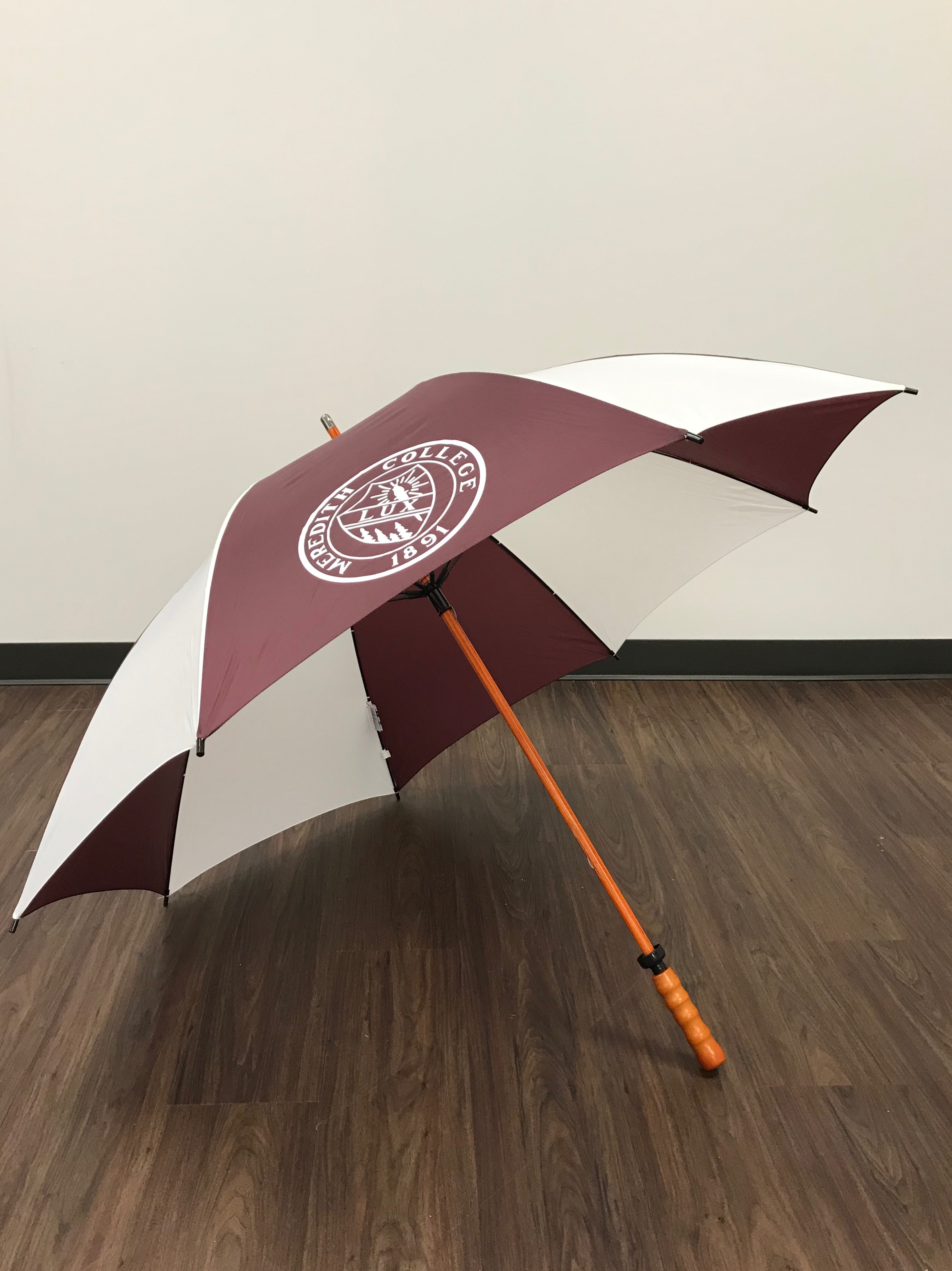 Image for the Golf Umbrella w/ Wood Shaft w/Lux product